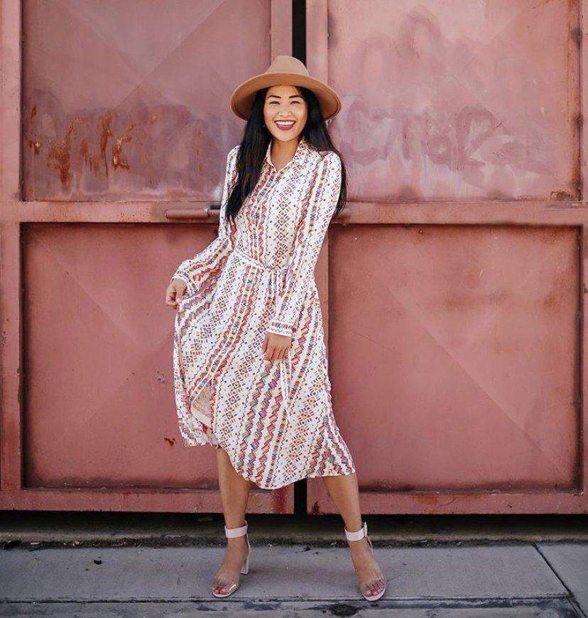 """alt=""""piecesofemerald.com colorful maxi dress cinco de mayo outfit"""""""