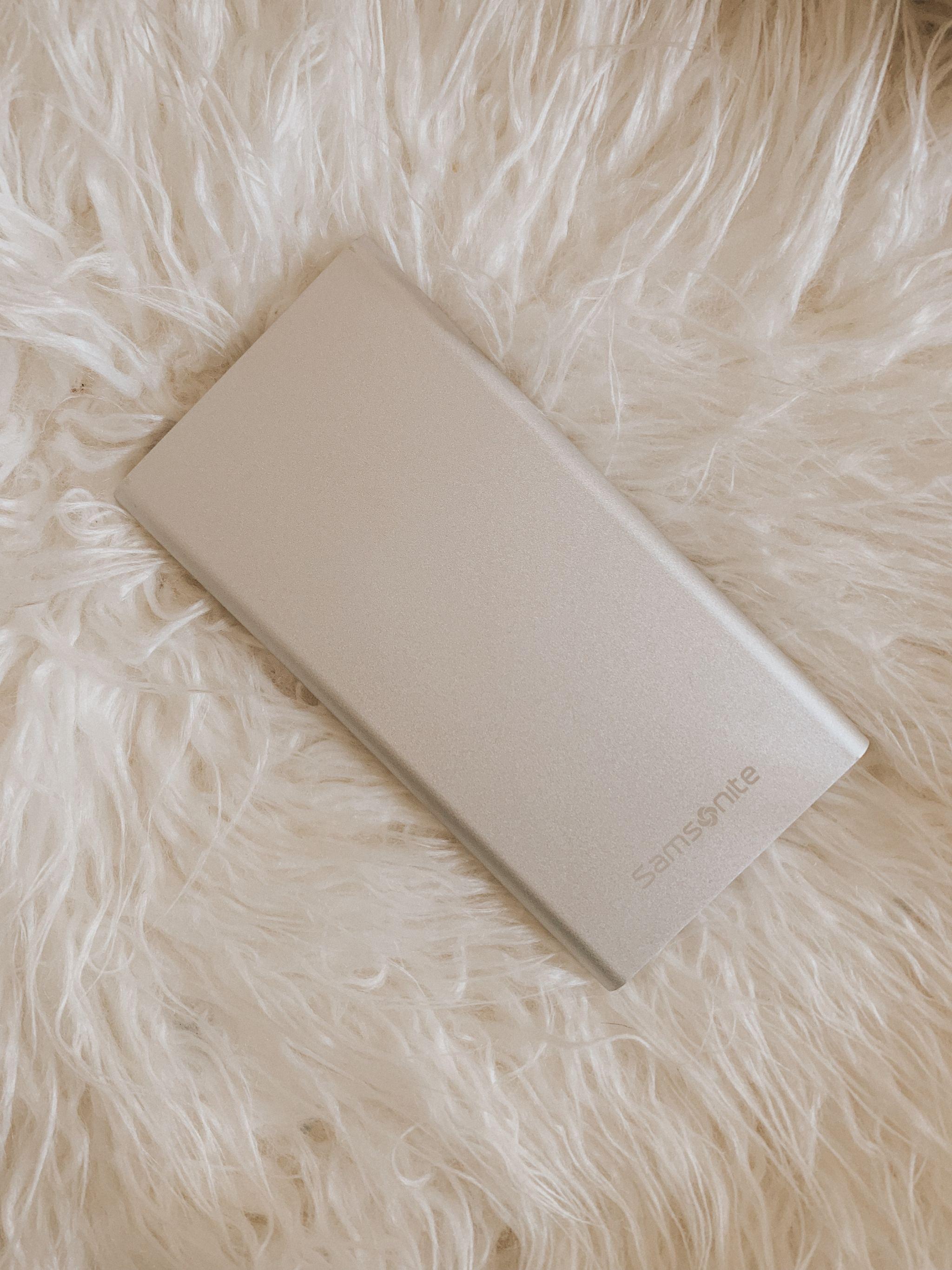 samsonite portable phone charger