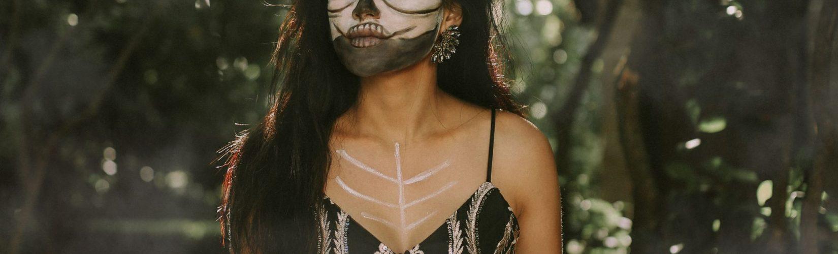 Skeleton Halloween Costume Idea