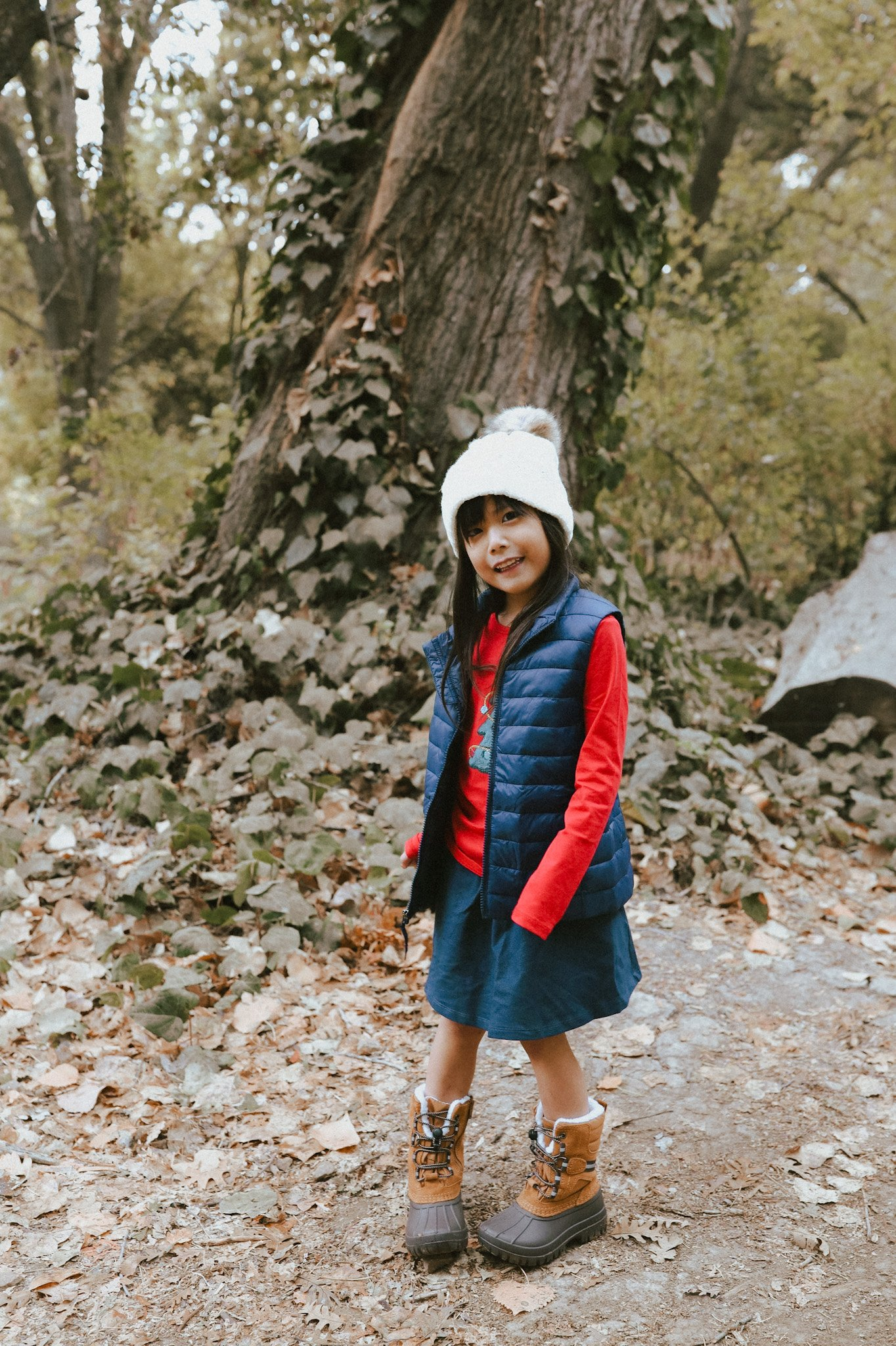 piecesofemerald_toddler-winter-navy-vest