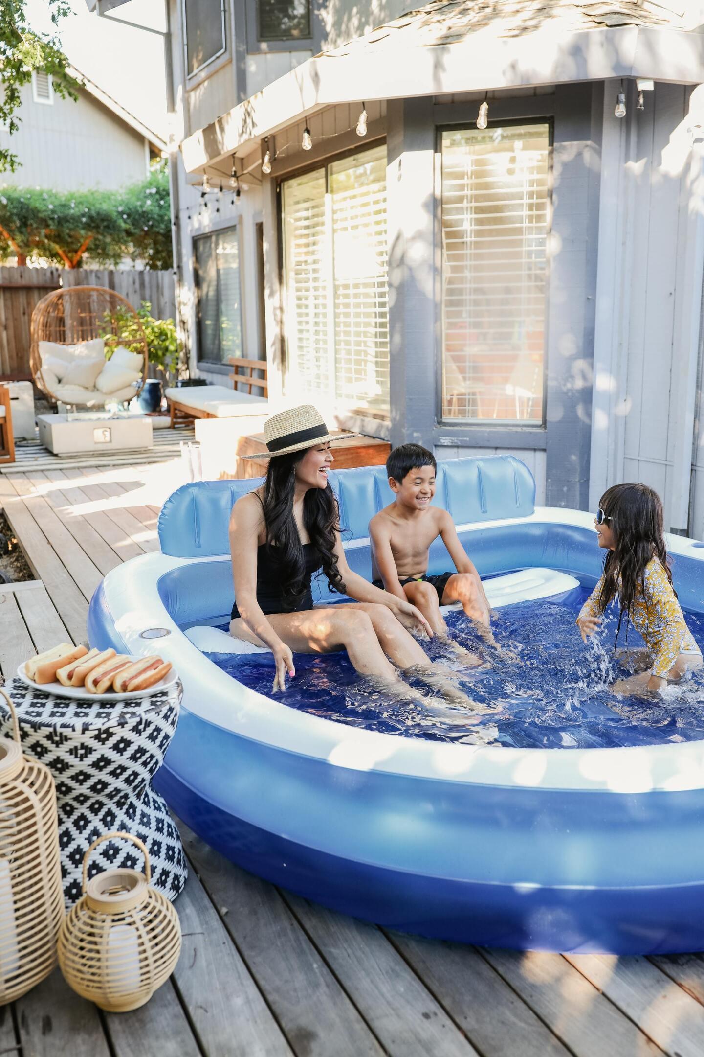 piecesofemerald_backyard pool